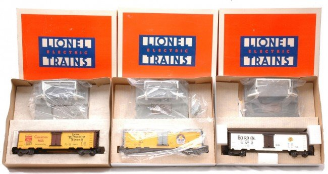 4: Lionel Operating Cars 9220 19802 19810 MINT OBs