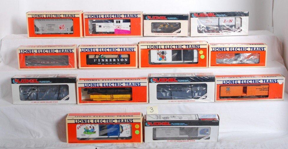 3: 28 Lionel freight cars 19245, 19256, 52086, etc