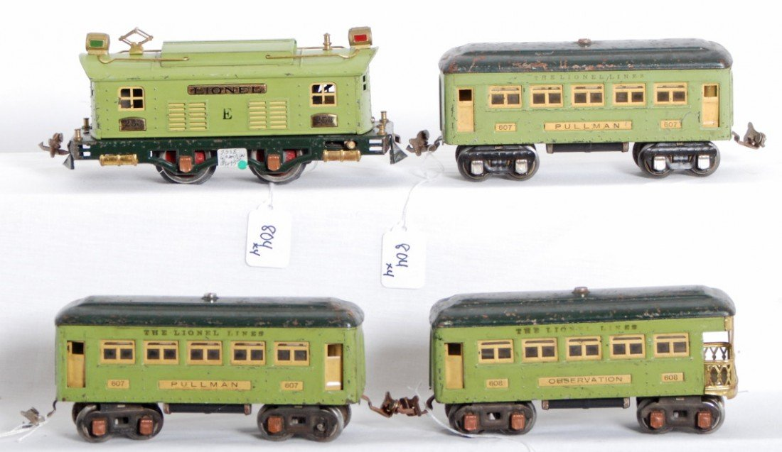 804: Lionel No. 253 loco, 607, 607, 608 passenger cars