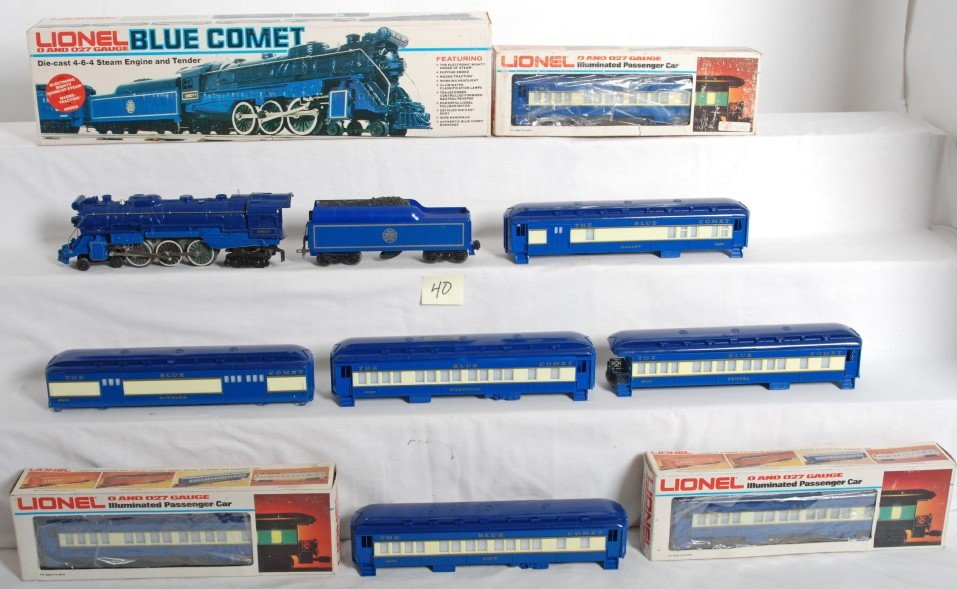 40: Lionel 8801 Blue Comet and passenger cars