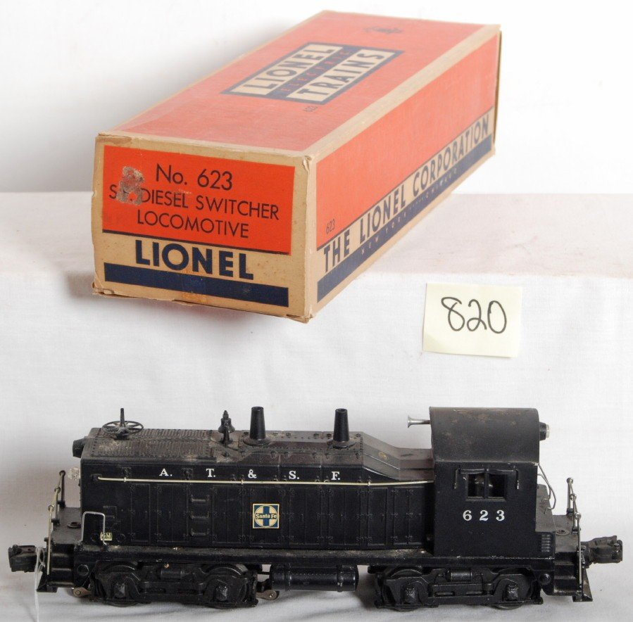 820: Lionel 623 A.T.S.F. NW-2 diesel switcher in OB