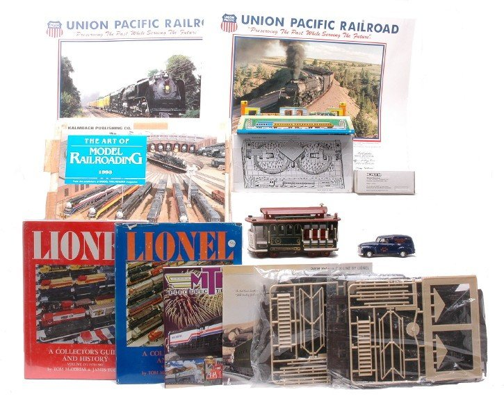 15: Tin RR Layout Musical Wooden Trolley & Books