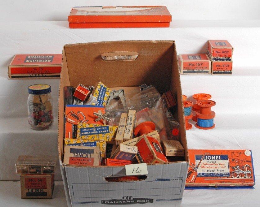 16: Lot of Lionel postwar pieces, parts, components, et