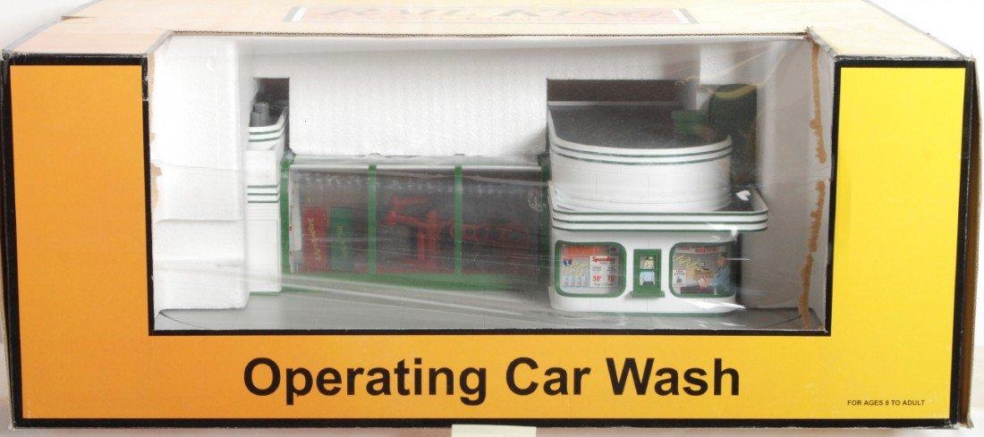 17: MTH Railking operating Speedy car wash