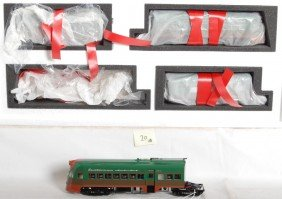 20: 3rd Rail North Shore Electroliner set