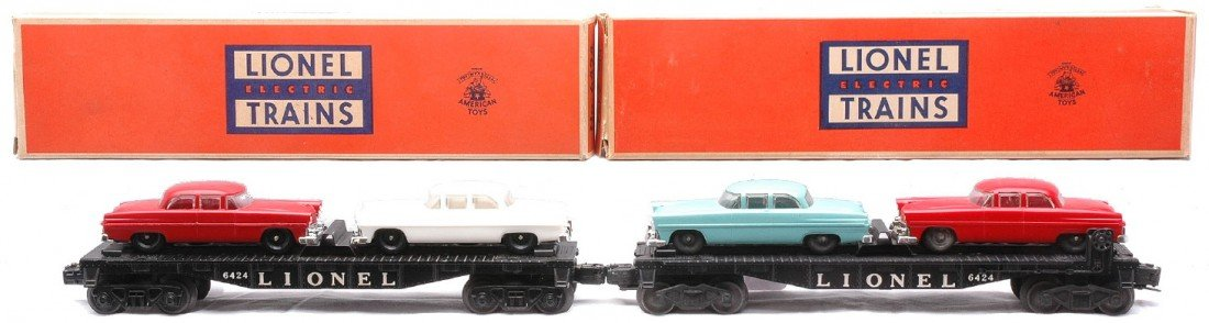 5: Lionel two 6424 Automobile Cars w/two Cars LN OBs