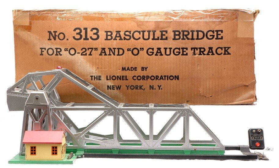 12: Lionel Postwar 313 Bascule Bridge Boxed