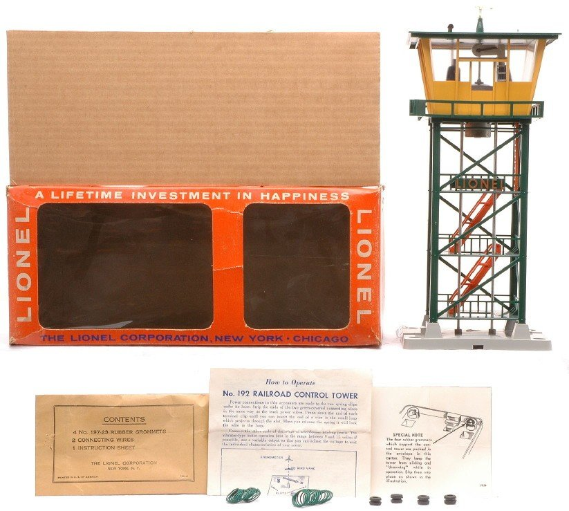 18: Lionel 192 Railroad Control Tower MINT OB
