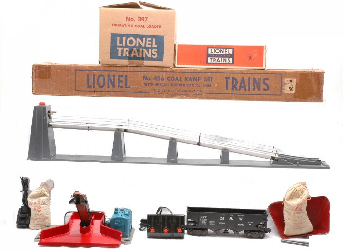 24: Lionel 397 Coal Loader 456 Coal Ramp Boxed