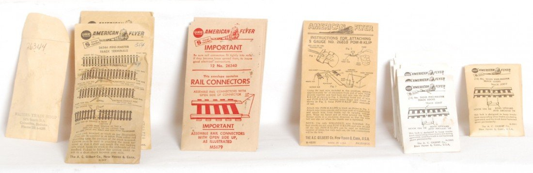 805: American Flyer parts envelopes with parts