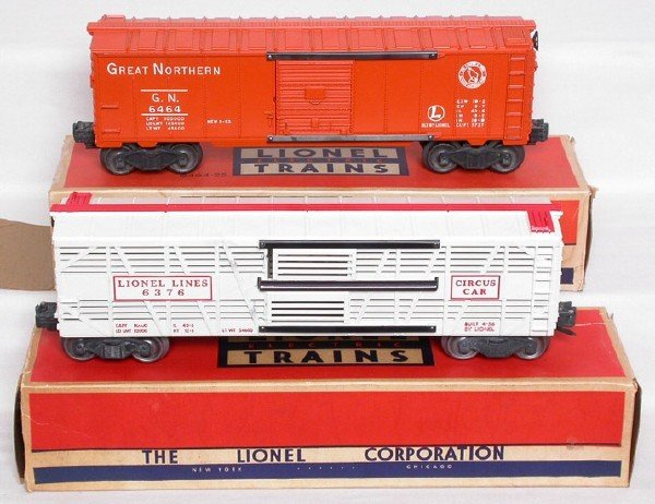 2008: Lionel 6376 and 6464-25 cars in boxes