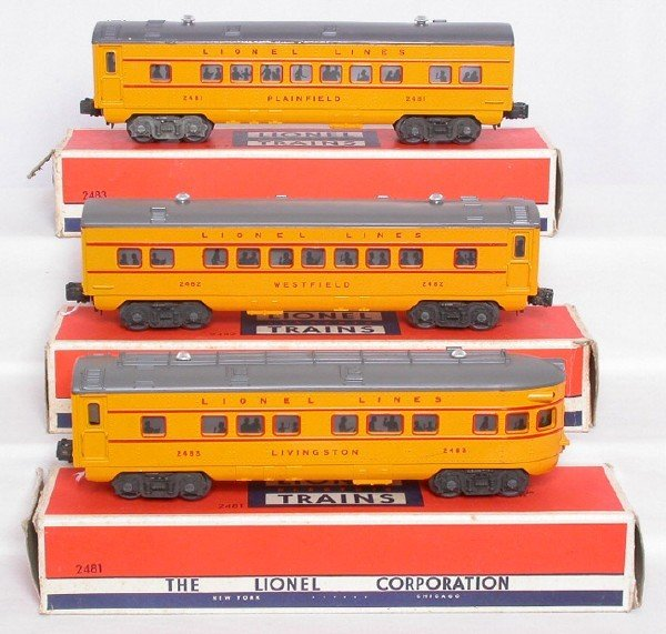 2040: Lionel 2481, 2482 and 2483 yellow cars in OB