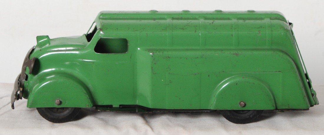 823: Wyandotte pressed steel gasoline/oil truck