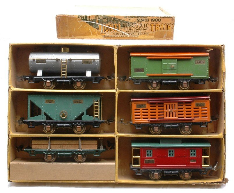 620: Lionel no. 808 Six Freight Car Set in Yellow OB