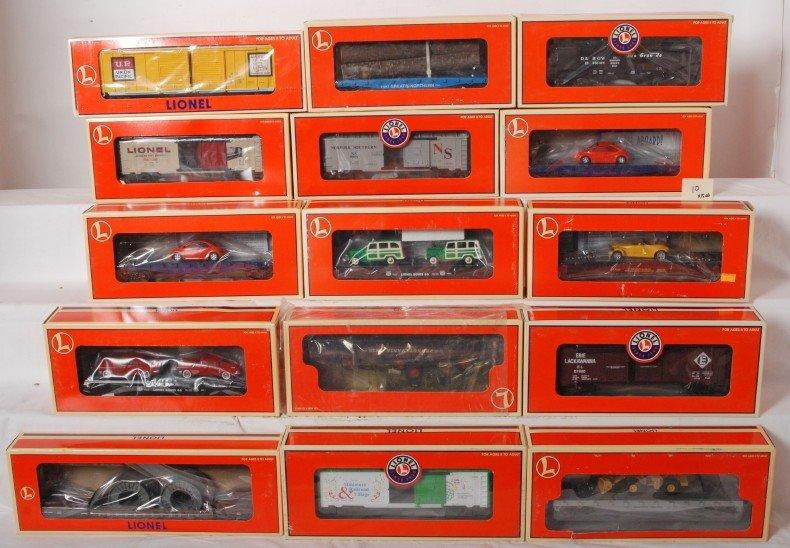 10: 15 Lionel freight cars 19444, 17518, 16983, etc.