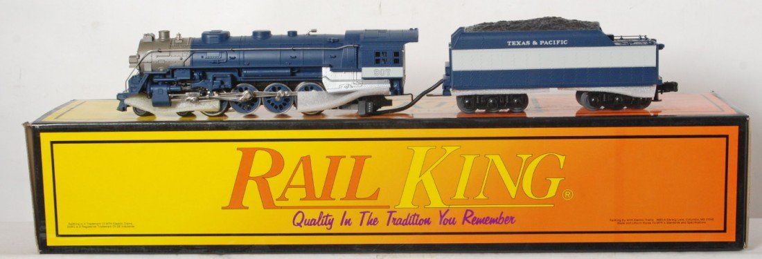 19: Railking Texas and Pacific L-3 steam locomotive wit
