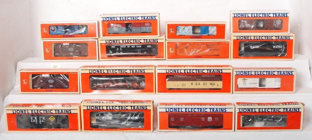 20: 16 Lionel freight cars 19739, 19409, 10324, etc.