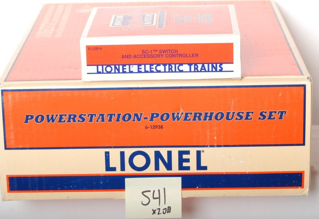 541: Lionel 12938 Powerstation transformer and SC-1 - 2