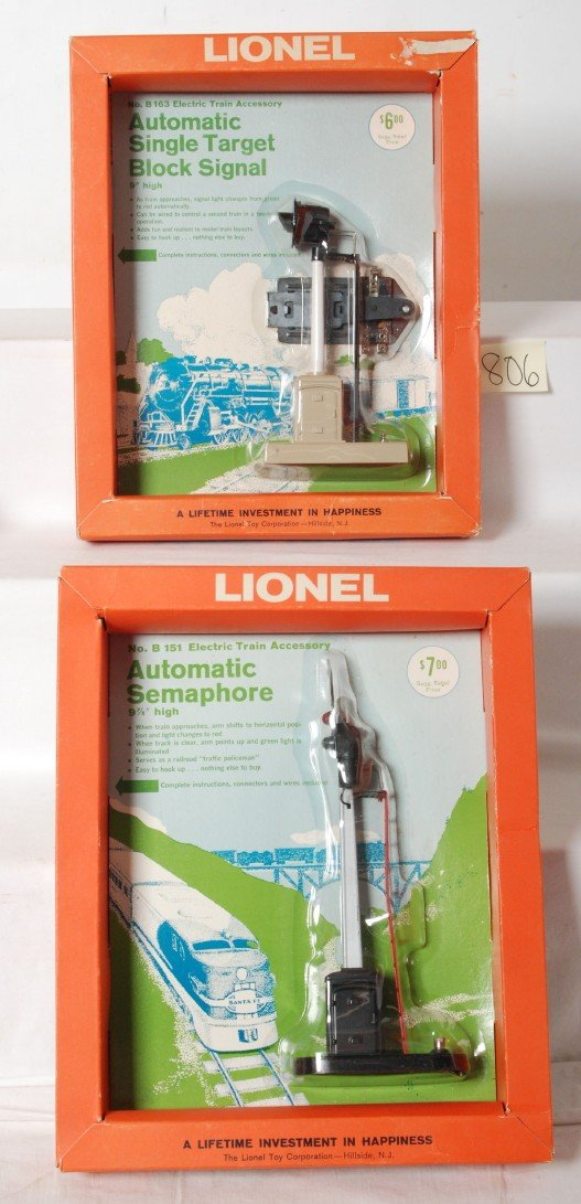806: Lionel No. B151, No. B163 signals in picture frame
