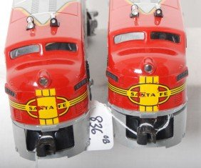 836: Boxed Lionel Outfit No. 2234W S.F. twin diesel pas