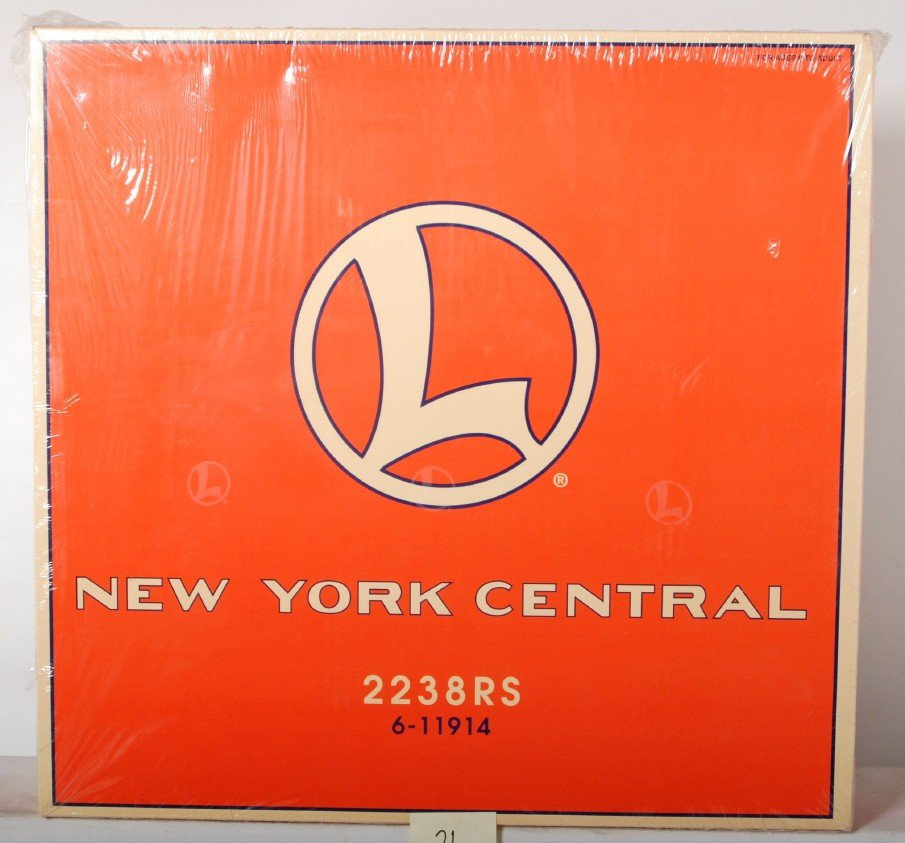 21: Lionel 11914 NYC freight set sealed.
