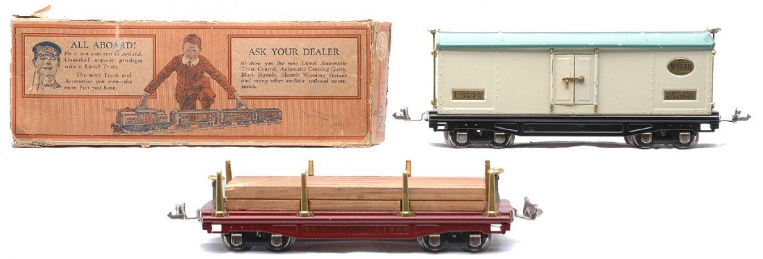 18: Lionel 814R Ivory Reefer w/Peacock Roof OB