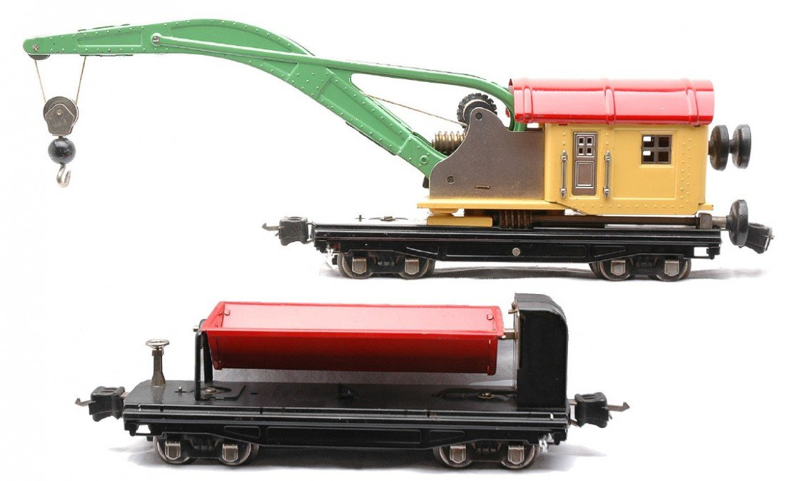 22: Lionel 2810 Crane Car 3859 Red Dump Car