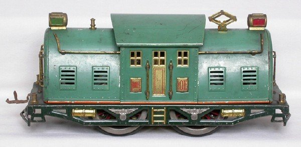 9: Lionel 10E in peacock with a green frame