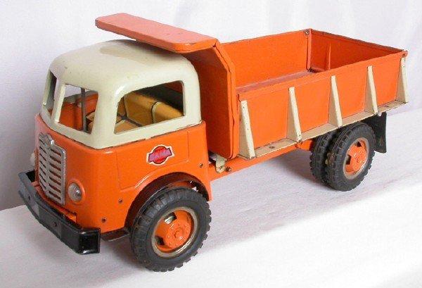 14: Gama Hydraulic Dump Truck
