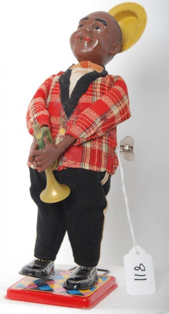 811: Mechanical windup trumpet playing