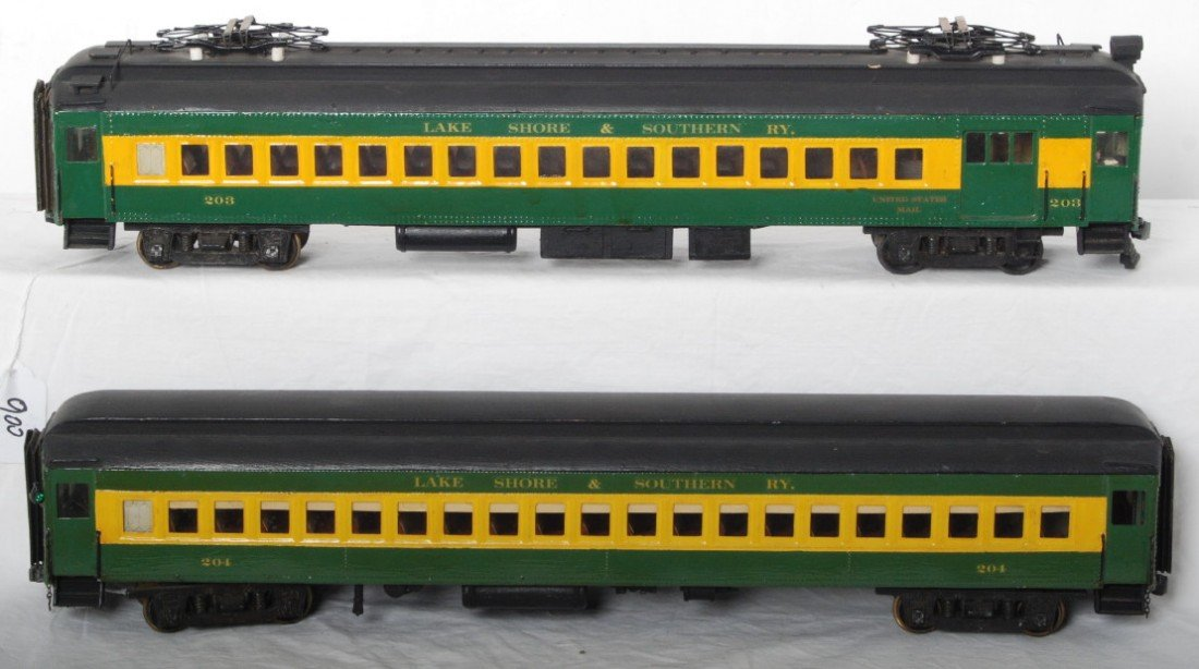 900: O scale Lake Shore and Southern commuter cars