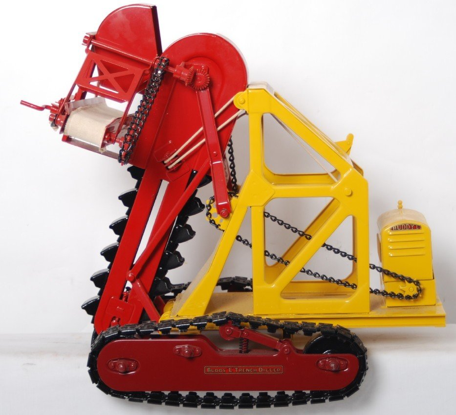1395: Buddy L Trench Digger NO. 400 restored - 3