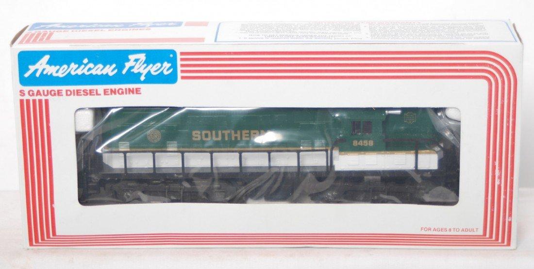 171: American Flyer 8458 Southern GP-9