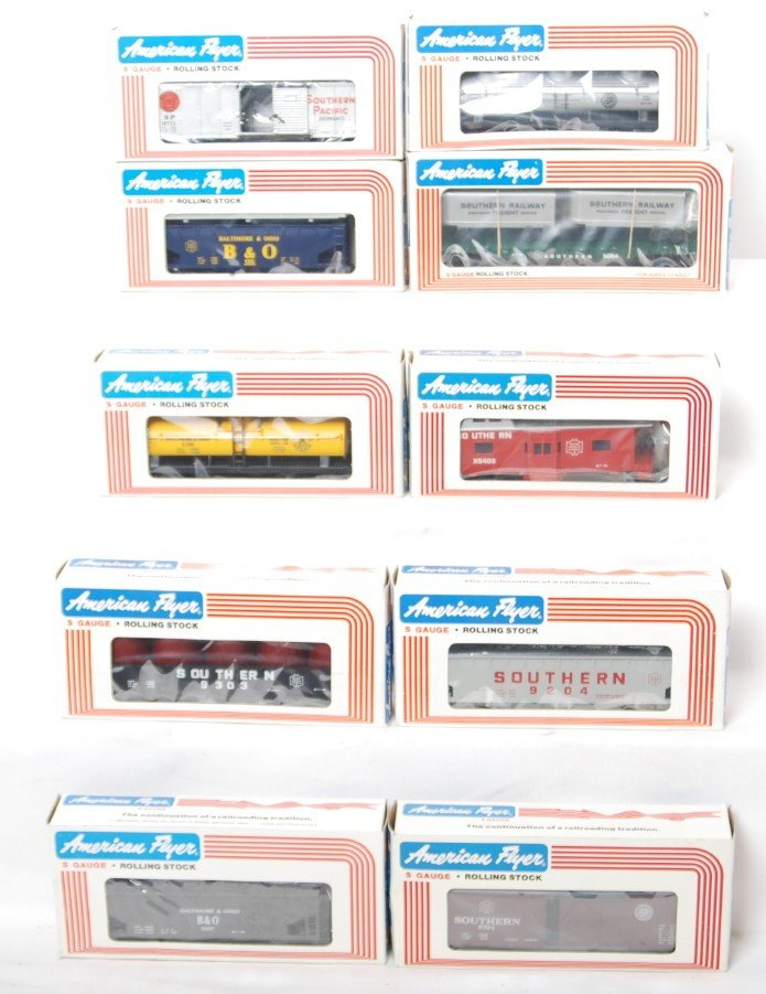 174: 10 American Flyer freight cars 9201, 9105, 9204, e