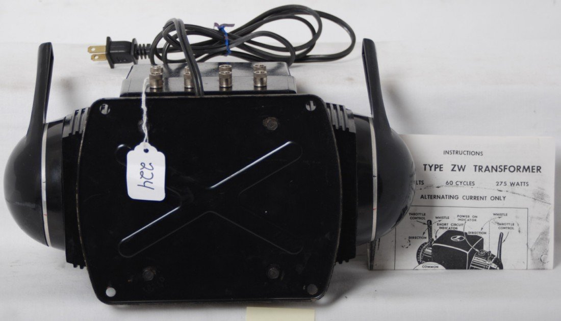 224: Lionel type ZW 275 watts transformer w/cord - 3