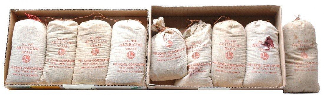 224: Lionel Seven Bags of 919 Artificial Grass
