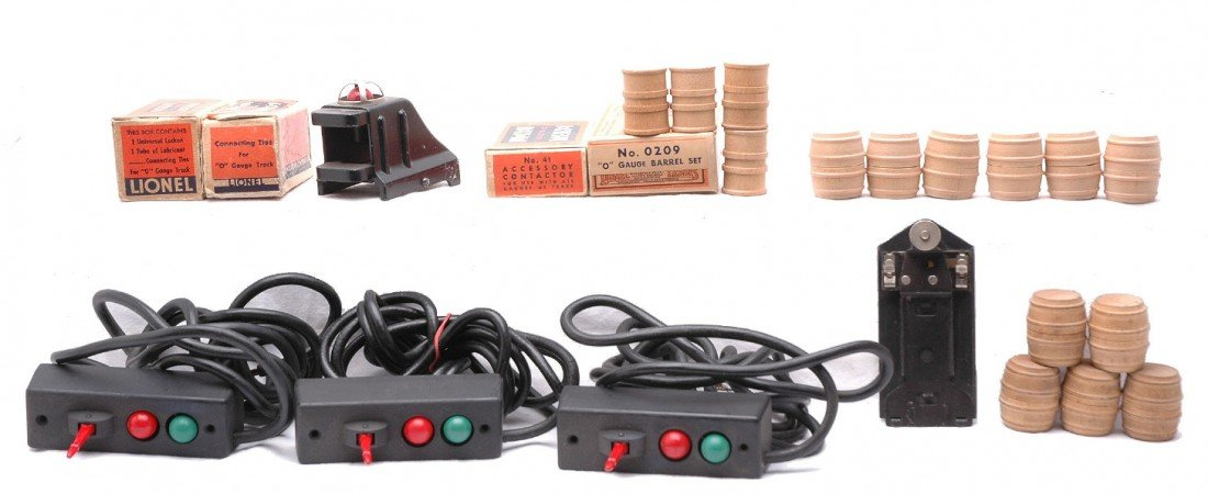 231: Lionel Accessories Controllers 25 41 0209 OBs