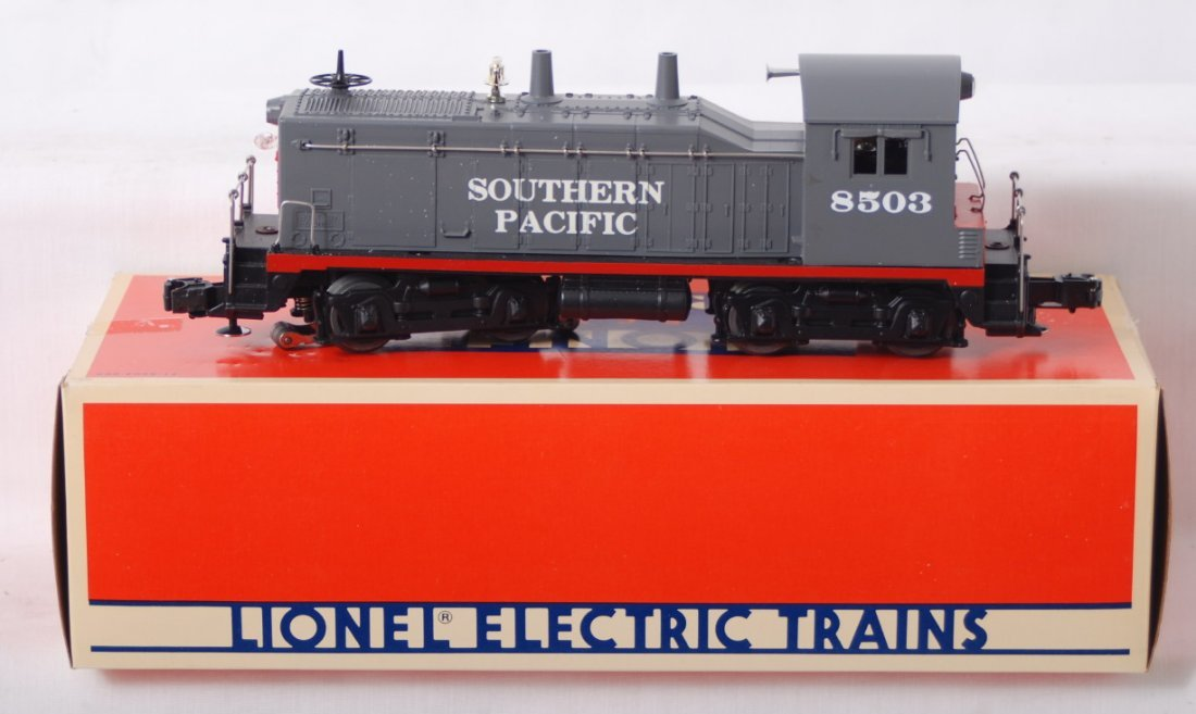 102: Lionel 18503 Southern Pacific switcher
