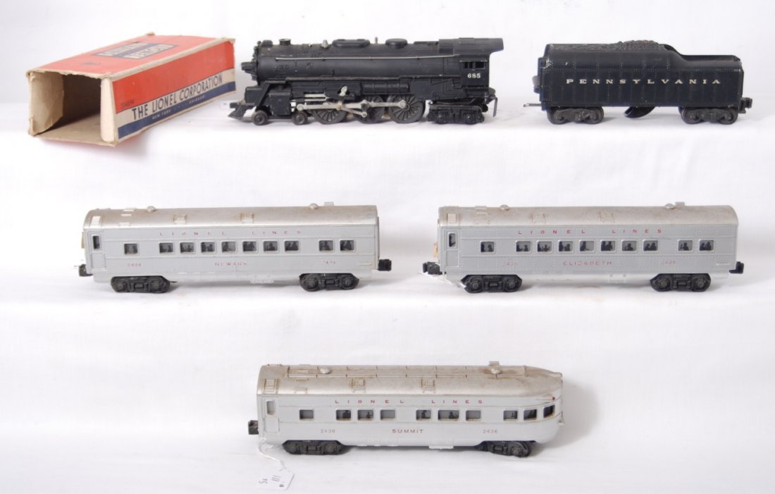111: Lionel 685, 2046W, 2434, 2435, 2436 red lettered c