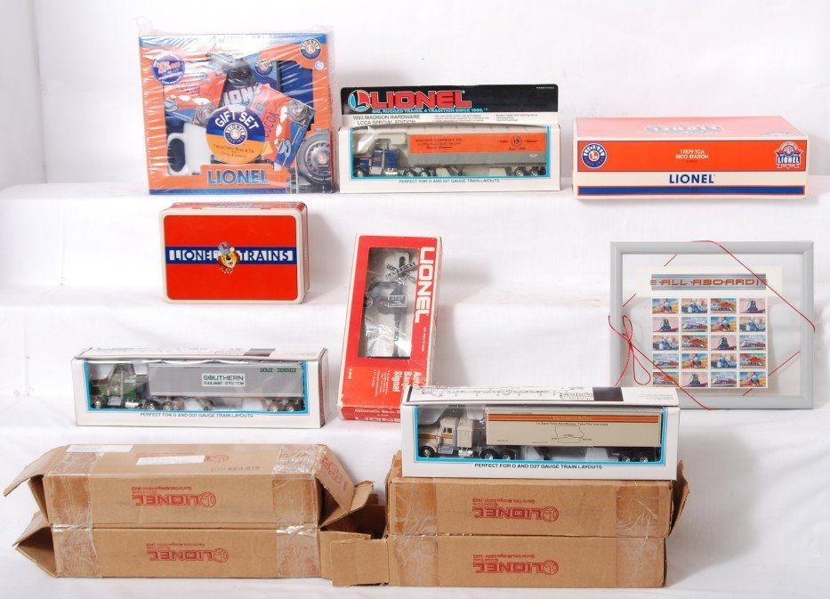 120: Lionel modern era collectibles and accessories in