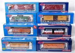 129 8 Atlas O freight cars BA WM SF etc