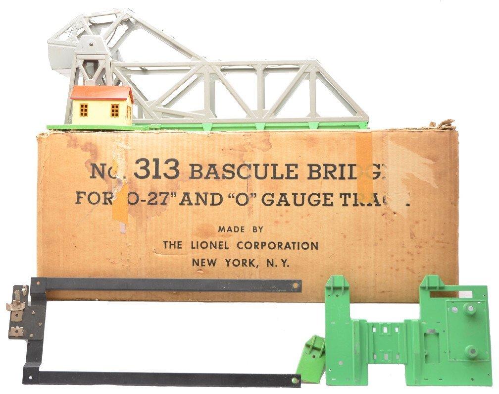 92: Lionel 313 Gray Version Bascule Bridge Boxed