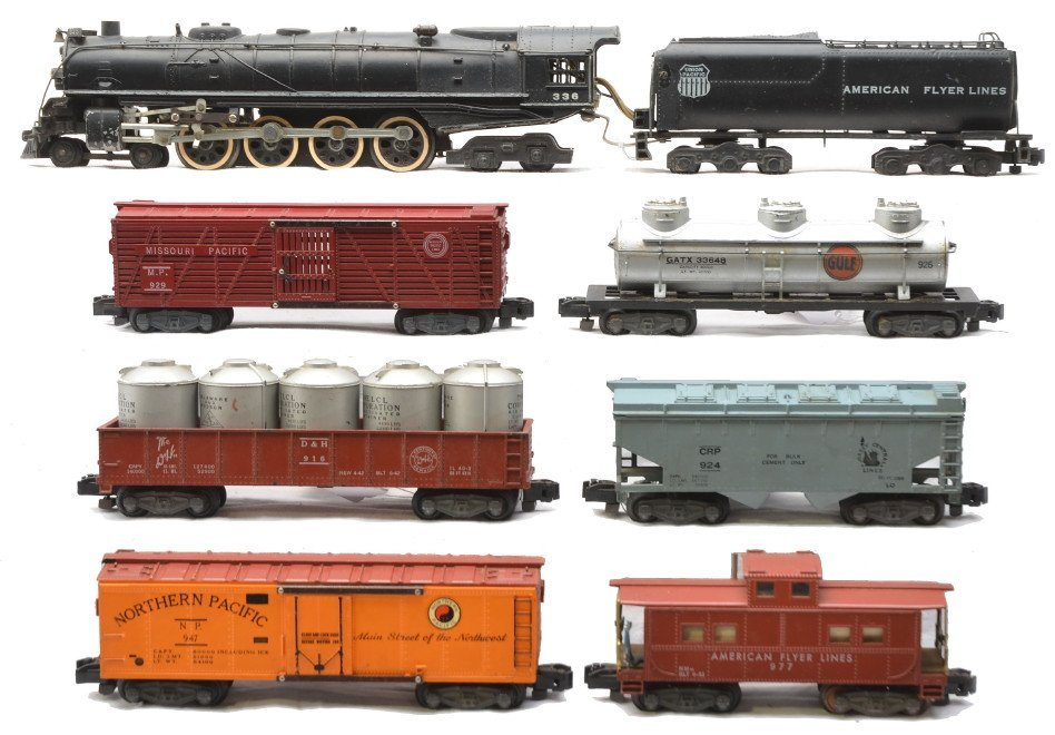 194: Am Flyer New Flying Freighter Freight Set 5565W