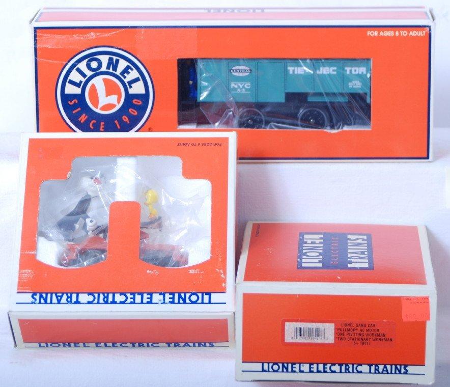 86: 3 Lionel motorized units 18455, 18417, 18421