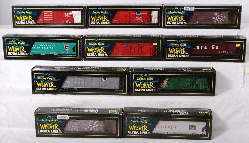 94: 10 Weaver three rail freight cars CB&Q, GN, RI, etc