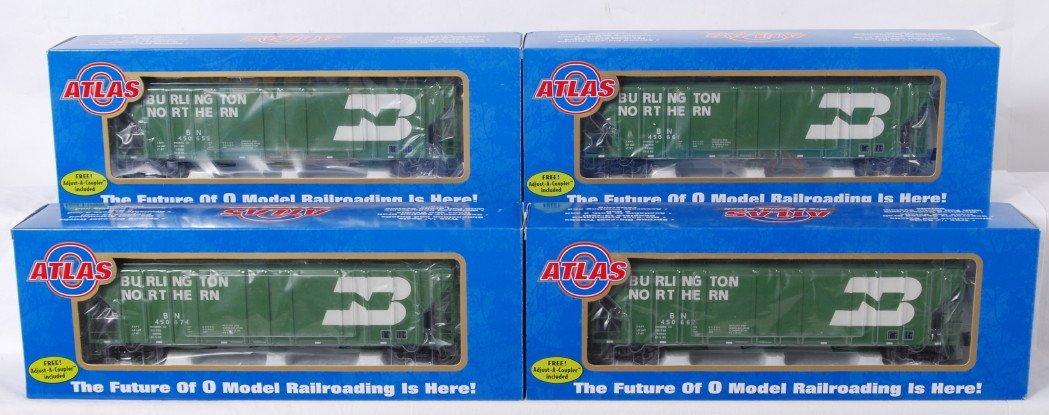 840: 4 Atlas O Burlington Northern hoppers