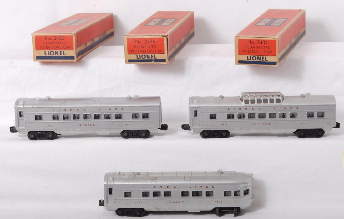 932: Lionel red letter passenger cars, 2432, 2434, 2436