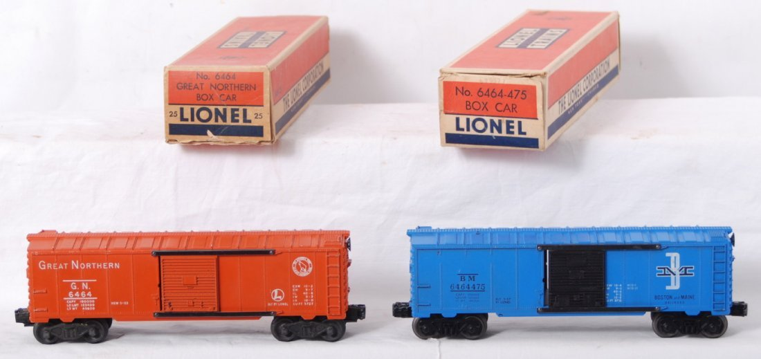 937: Lionel 6464-25 and 6464-475 boxcars in OB