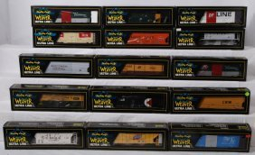 4: 15 Weaver freight cars CNW,  NP, etc