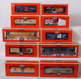 10 Lionel Freight Cars 36758, 52216, 39252, 29298, E